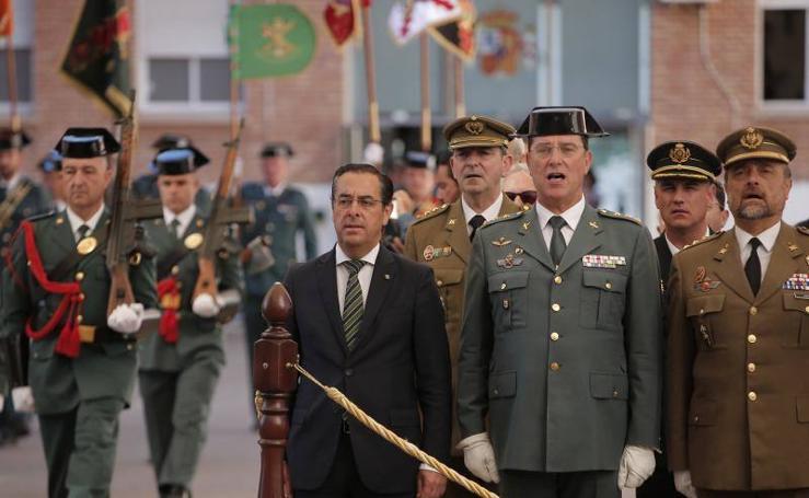 Fotos de la celebración del 174 aniversario de la Guardia Civil