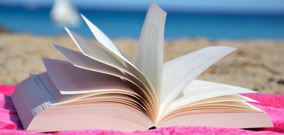 Libros recomendados para los días de playa, sol y arena