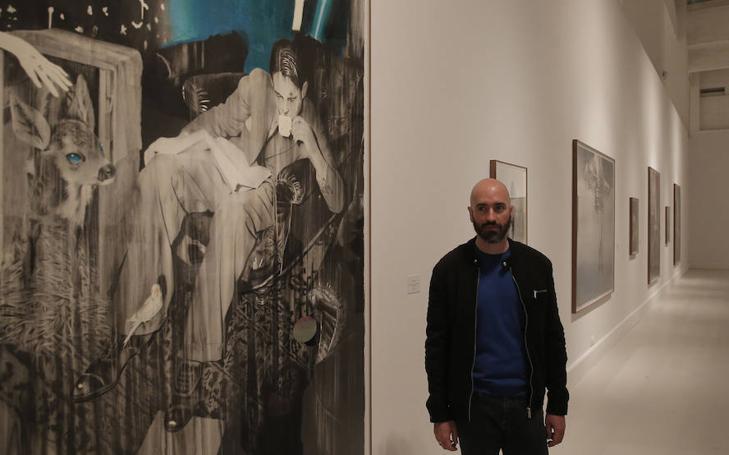 Así es la primera exposición individual en un museo de José Luis Puche: 'Como nieve que baila'