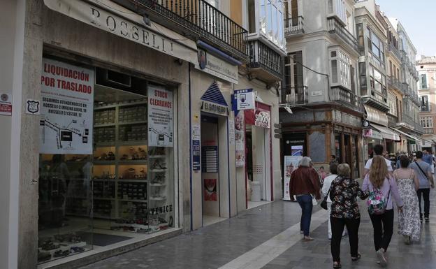 32d1127473 Málaga   La zapatería Roselli cierra su primera tienda después de 54 ...