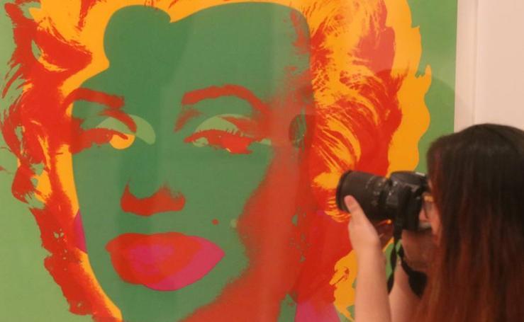 La exposición 'Warhol. El arte mecánico' del Museo Picasso Málaga, en fotos