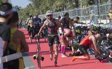 Bang Jensen y Patricia Bueno ganan el Triatlón de Málaga