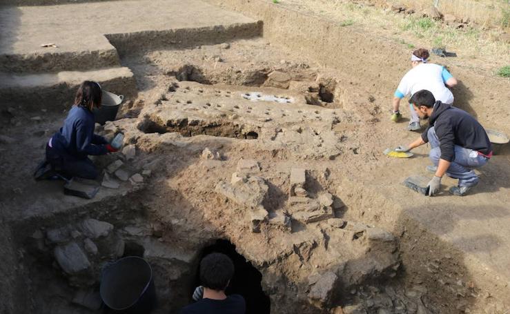 Fotos del asentamiento prerromano descubierto en Mijas