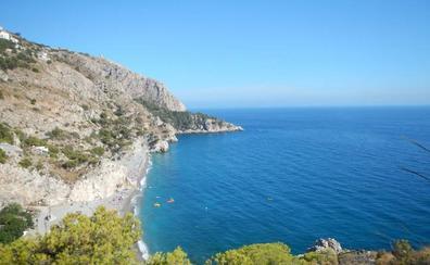 Almuñécar, un litoral tropical y abrupto