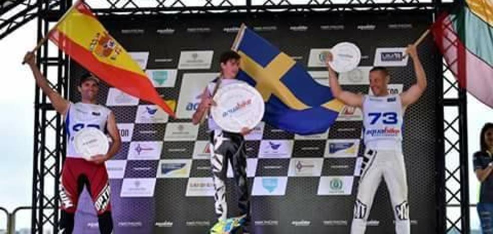 Ismael Rojas ya brilla en la élite mundial de motonáutica