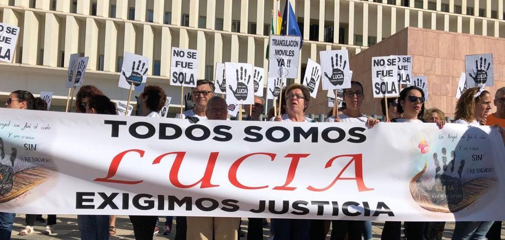 La familia de Lucía Vivar: «Lo del ministro Zoido fueron falsas promesas»