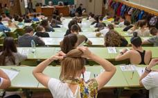 Más de 3.000 alumnos tendrán que repetir la Selectividad en Extremadura por la filtración de varios exámenes