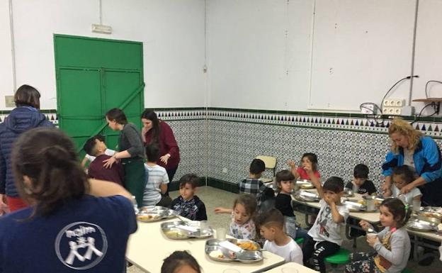 La Junta de Andalucía pone a disposición de las familias 55.000 ...