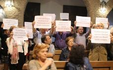 Afectados por el corte del Puente Nuevo recogen firmas para exigir un «referéndum»