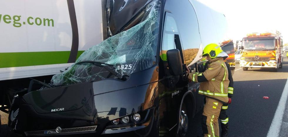 Un accidente en la A-7 a la altura de Torremolinos deja cuatro heridos leves