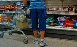 Hallan 5.575 euros en el carro de un supermercado de Estepona y la Policía encuentra a su dueño en Holanda