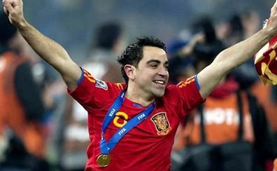 Xavi critica a Lopetegui: «No era el momento oportuno, Rubiales ha actuado bien»