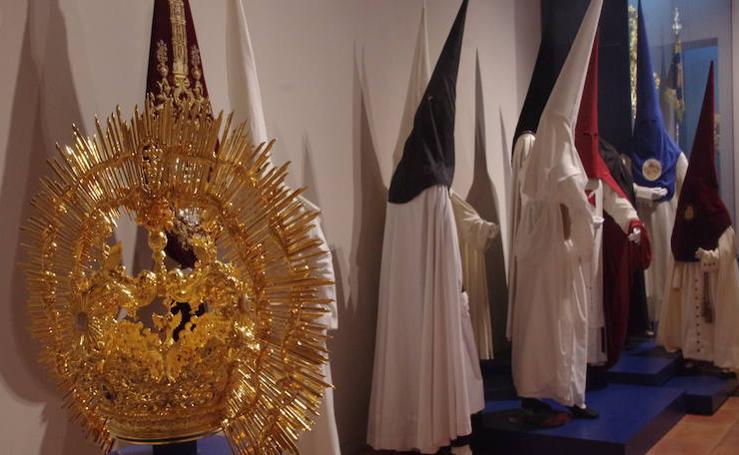 Málaga acoge una exposición de valiosos enseres cofrades varias ciudades andaluzas