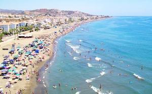 Rincón de la Victoria, primer municipio que quiere limitar al máximo el uso turístico de las viviendas