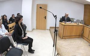 Aplazado el juicio de Juana Rivas por la renuncia de su abogado