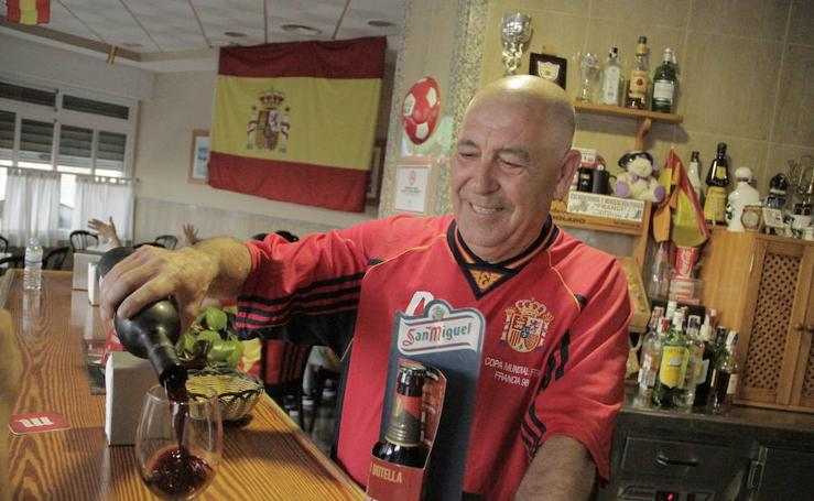Las imágenes del bar de la familia Hierro en el Portugal-España