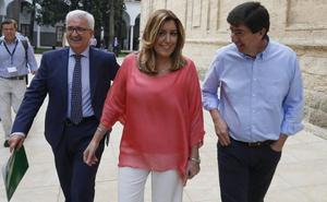 Susana Díaz minimiza que Cs abra la puerta a gobernar con el PP y lo califica de «batiburrillo»