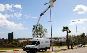 Estepona ahorrará un 20% con la luces de bajo consumo