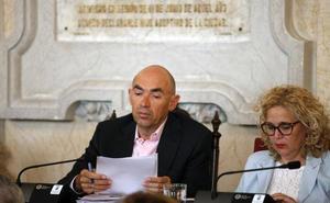 Eduardo Zorrilla (MPG): «Usted se ha limitado a arreglar el decorado de unas cuantas calles del centro y a dibujar un modelo de 'ciudad escaparate'»