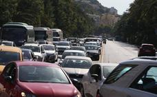 Colapso de tráfico en el centro tras el corte de la Alameda Principal de Málaga