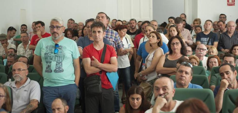 Díaz pide «un esfuerzo» para evitar la huelga en el sector de la hostelería