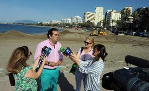 Marbella limita el baño en La Fontanilla por los trabajos de regeneración de arena