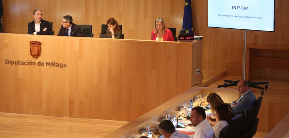 Conejo invita a Bendodo a dejar la política «para que a Málaga le vaya mejor»
