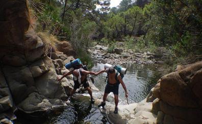 Consejos a tener en cuenta antes de hacer rutas por ríos este verano en Málaga
