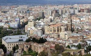 Condenados a cinco años de internamiento por violar a una turista alemana tras arrastrarla a un portal del centro de Málaga