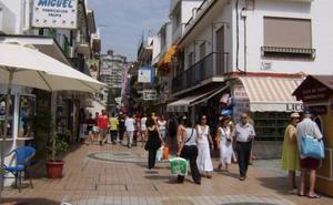 Comerciantes reclaman que se instalen toldos en la calle San Miguel