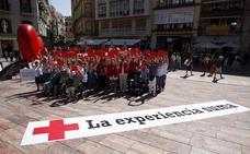 Cruz Roja rinde homenaje a la ciudad con el proyecto 'El Corazón de Málaga'