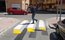 Así es el primer paso de peatones 3D de Vélez-Málaga