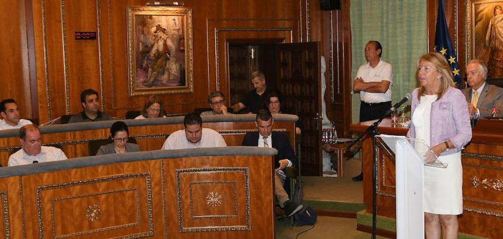 Ángeles Muñoz anuncia una bajada de tasas e impuestos en el presupuesto de 2019