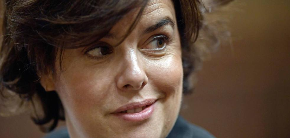El PP de Málaga respalda a Sáenz de Santamaría para liderar el partido