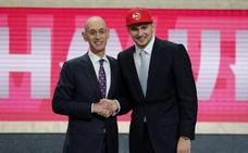 Los Hawks seleccionan a Doncic con el número tres en el draft y lo traspasan a los Mavericks