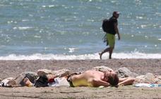 Diez prácticas prohibidas en las playas malagueñas