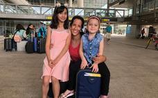 Dos niñas sirias llegan a Málaga para tratar sus enfermedades