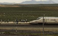 Los auditores europeos denuncian los sobrecostes y la falta de pasajeros del AVE