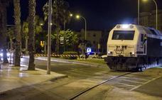Los trenes de mercancías volverán al Puerto sin que se haya resuelto el soterramiento