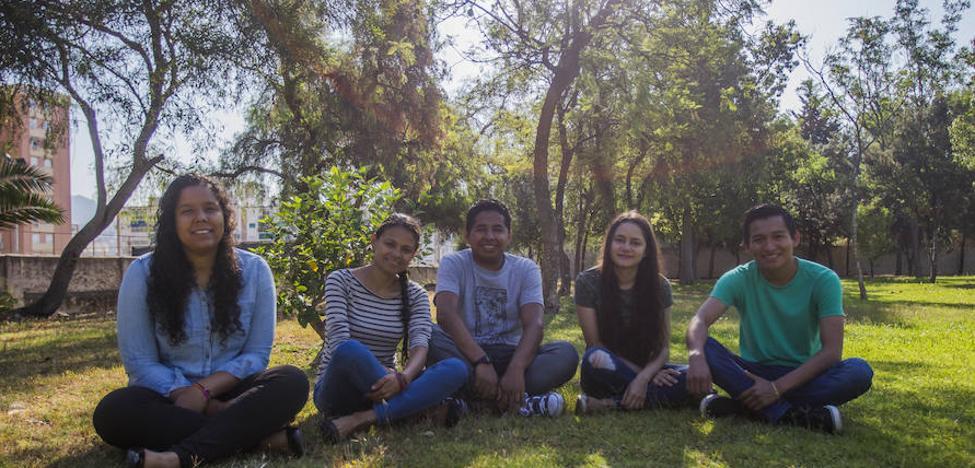 Lección de vida de cinco universitarios de Honduras a los estudiantes malagueños