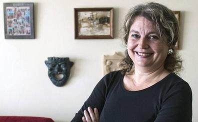 Los libreros premian a María Elvira Roca