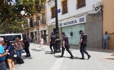 Investigado el Jefe de la Policía Municipal de Vélez en una macrooperación por supuesta corrupción en contratos de seguridad vial
