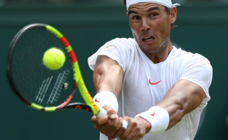 Nadal avanza en Wimbledon sin ceder ningún set
