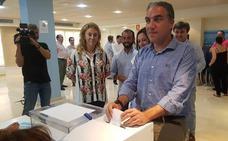 Bendodo sobre el apoyo del alcalde a Cospedal: «Cada uno tiene libertad para apoyar a quien quiera»