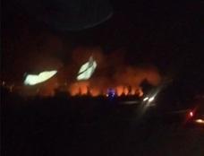 Un incendio en la zona de El Higuerón obliga a cortar el acceso a Mijas desde la autovía