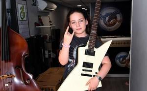 Blanca Samper, una maestra de la guitarra con solo 11 años