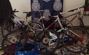 Detenidos en Málaga por robar 24 bicicletas para después venderlas a través de Internet