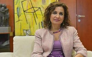 María Jesús Montero: «No se trata de subir impuestos a los ciudadanos»