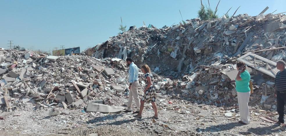 El PSOE reclama un plan de choque para erradicar los vertederos ilegales en Málaga
