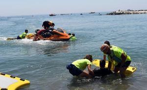 Rescate sorpresa a pie de playa en Marbella